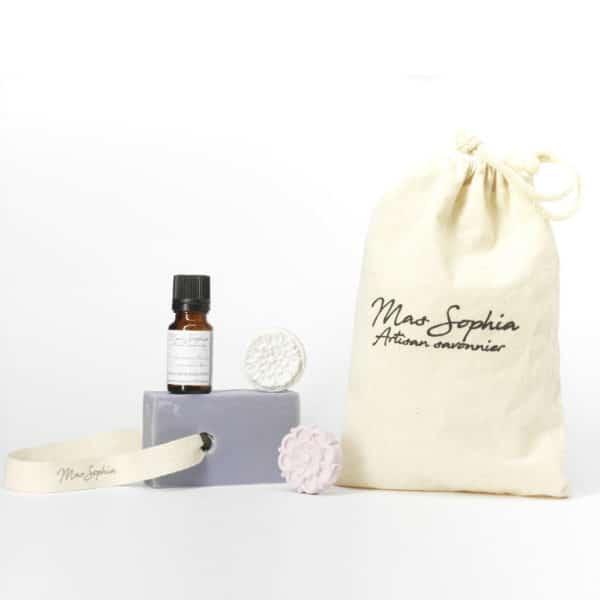 Pochon Lavande comprent savon, huile essentielle et diffuseurs